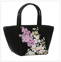 ルシヨンのバッグ